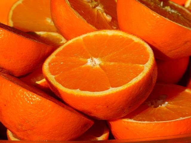 Alimentation du chien : Peut-on donner des oranges à son chien